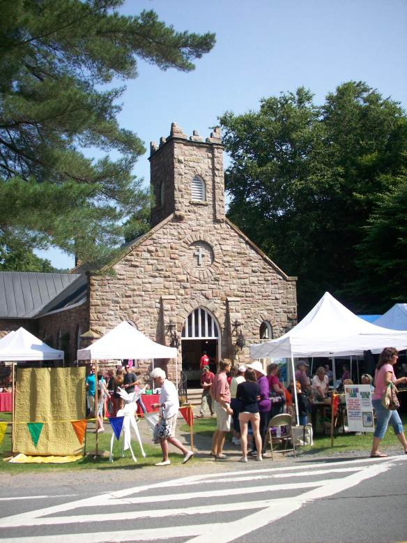 Community Chapel craft sale